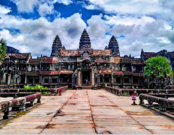 Ankor Wat vs Bagan